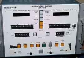 Honeywell ADT-222B  (4047505-422 /421) Air Data Test Sets